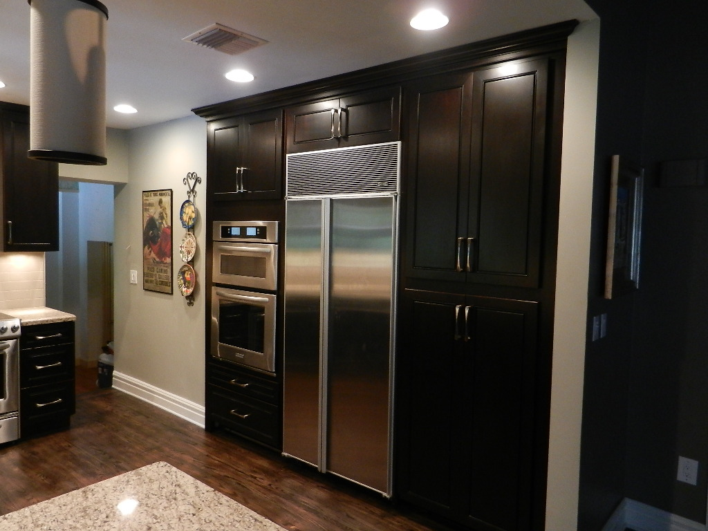 Kitchen cabinets south florida kitchen designs for Kitchen cabinets hialeah