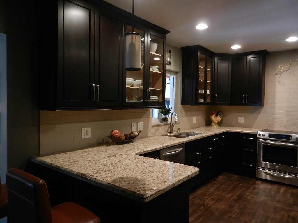 Kitchen cabinets south florida kitchen designs for Kitchen designs and more